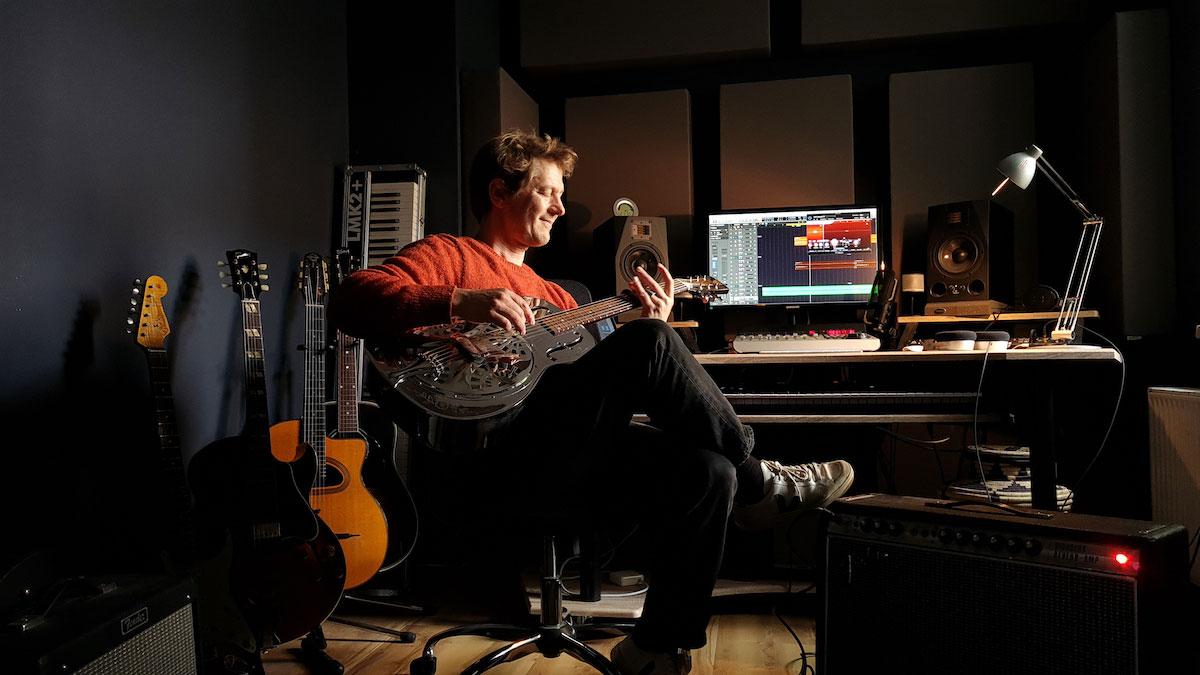 Björn Leese in his Studio