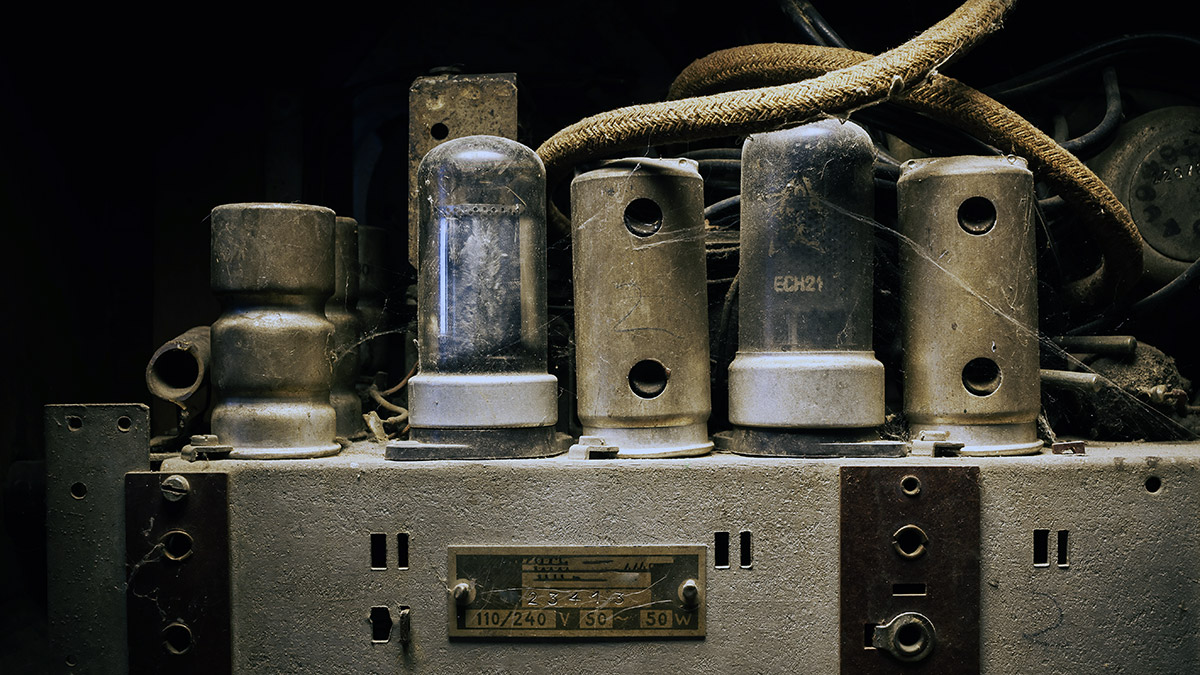 Four Tips To Help You Achieve A Vintage Sound In Your Mix